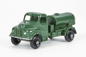 Matchbox 71 Austin 200 Gallon Water Truck